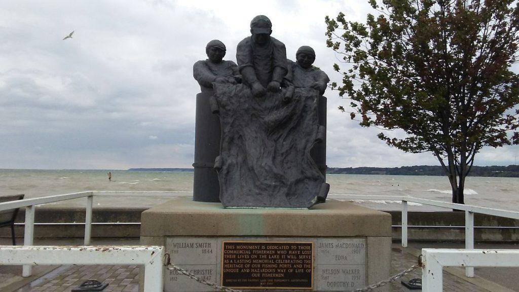 Fishermen monument